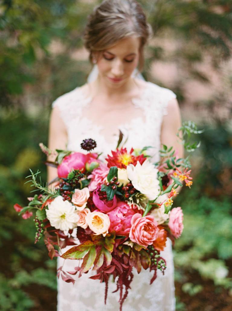 Warm, joyful Coeur D'Alene wedding by film photographer Anna Peters