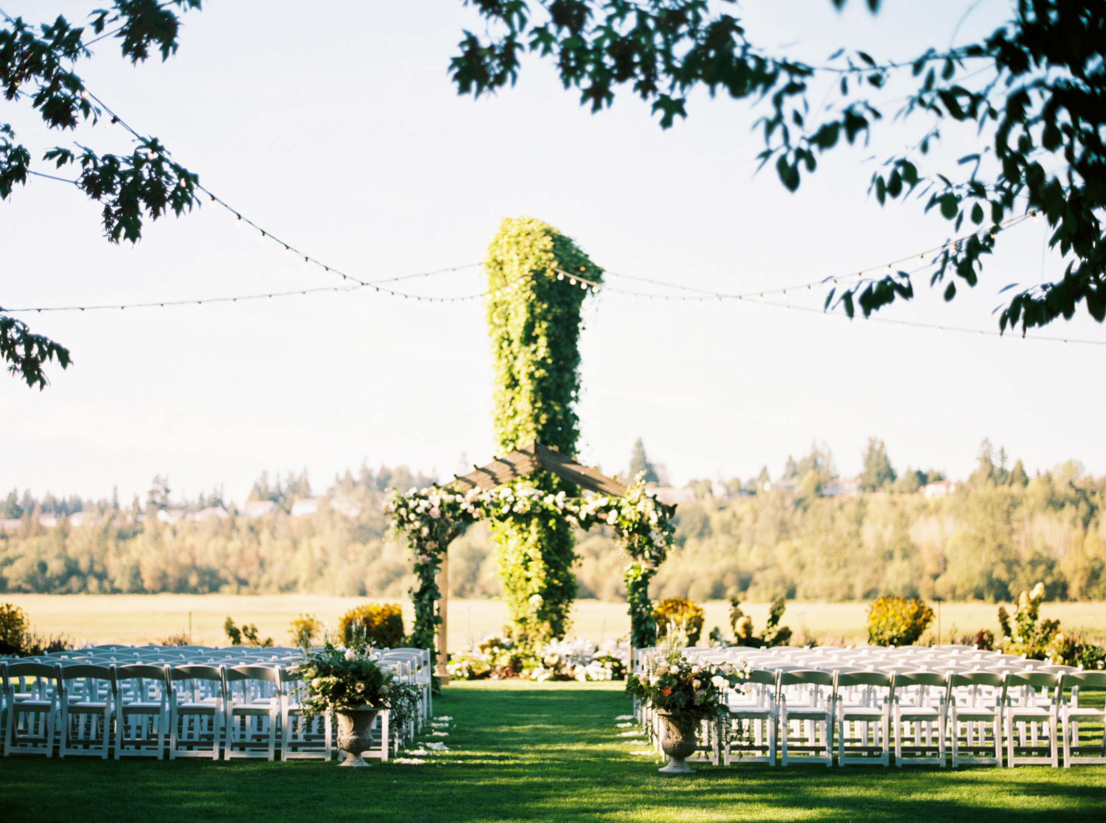 Fall Wedding Ceremony at Kelley Farms | Seattle Wedding Photographer Anna Peters