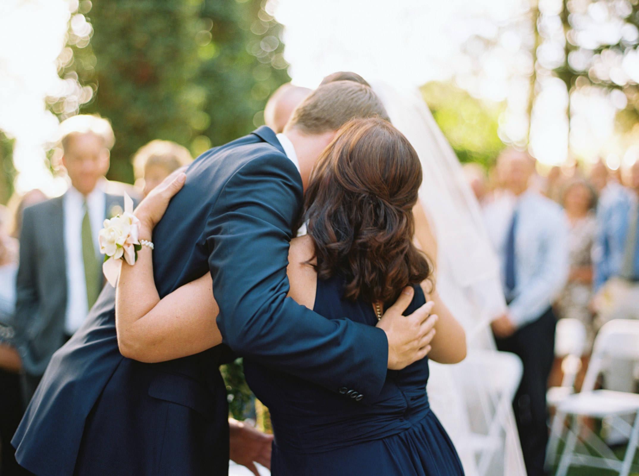 Romantic Arbor Crest Winery Wedding Photos by Spokane Wedding Photographer Anna Peters