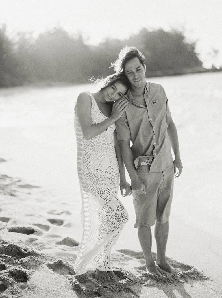 North Shore Couples Photos on the Beach by Destination Wedding Photographer Anna Peters