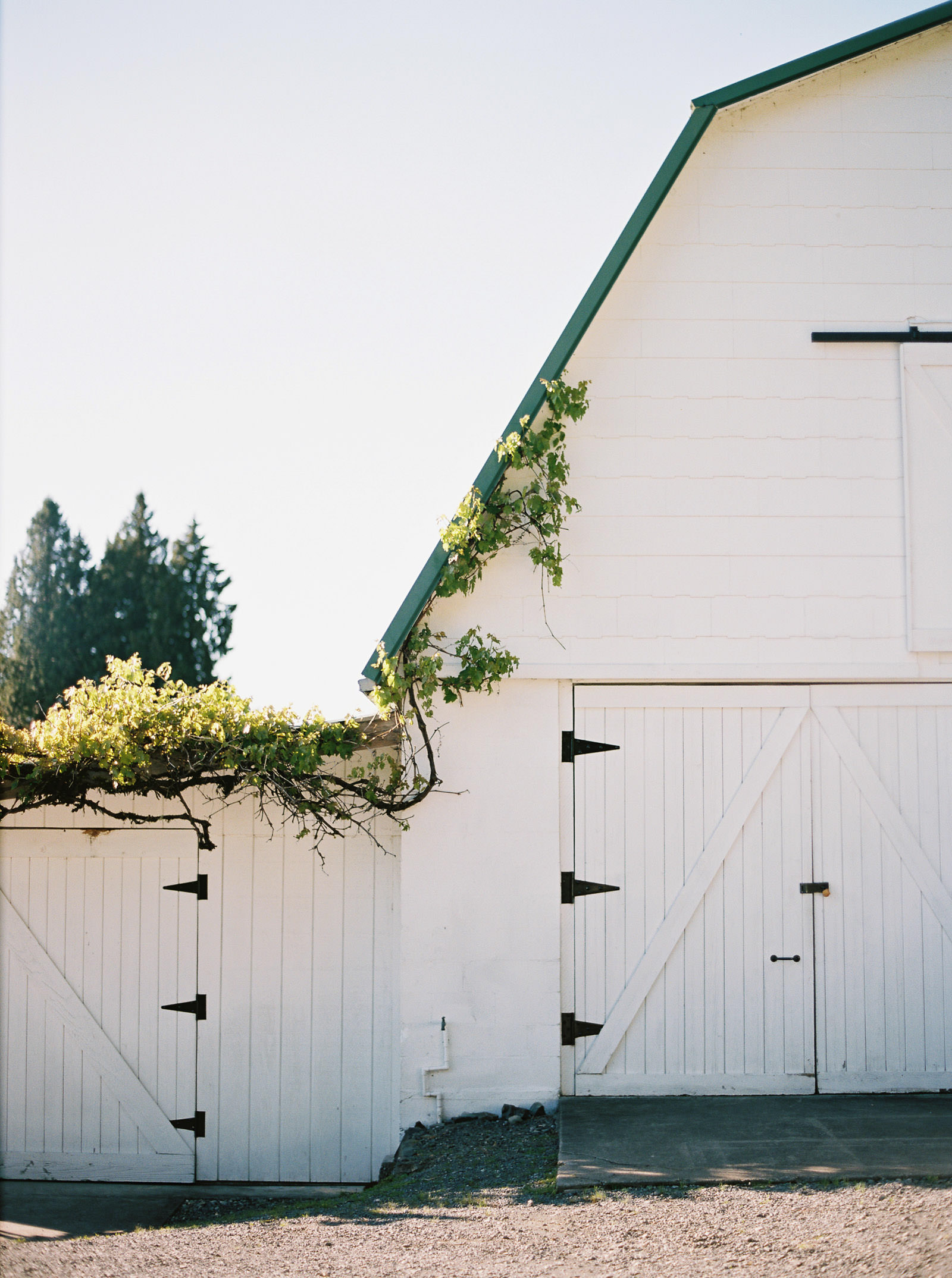 The barn at DeLille Cellars Chateau, Woodinville Wedding Venue