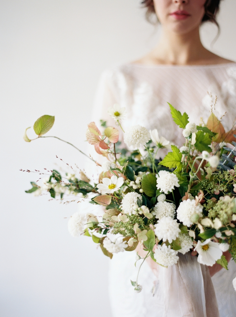 Transform your wedding with flowers an interview with seattle wildflower inspired bouquet by botanique floral captured by seattle wedding photographer anna peters izmirmasajfo