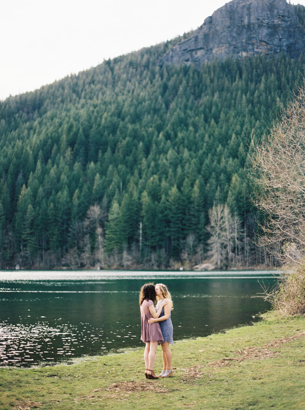 Mountain Photography Session at Rattlesnake ridge by Anna Peters Seattle Wedding Photographer