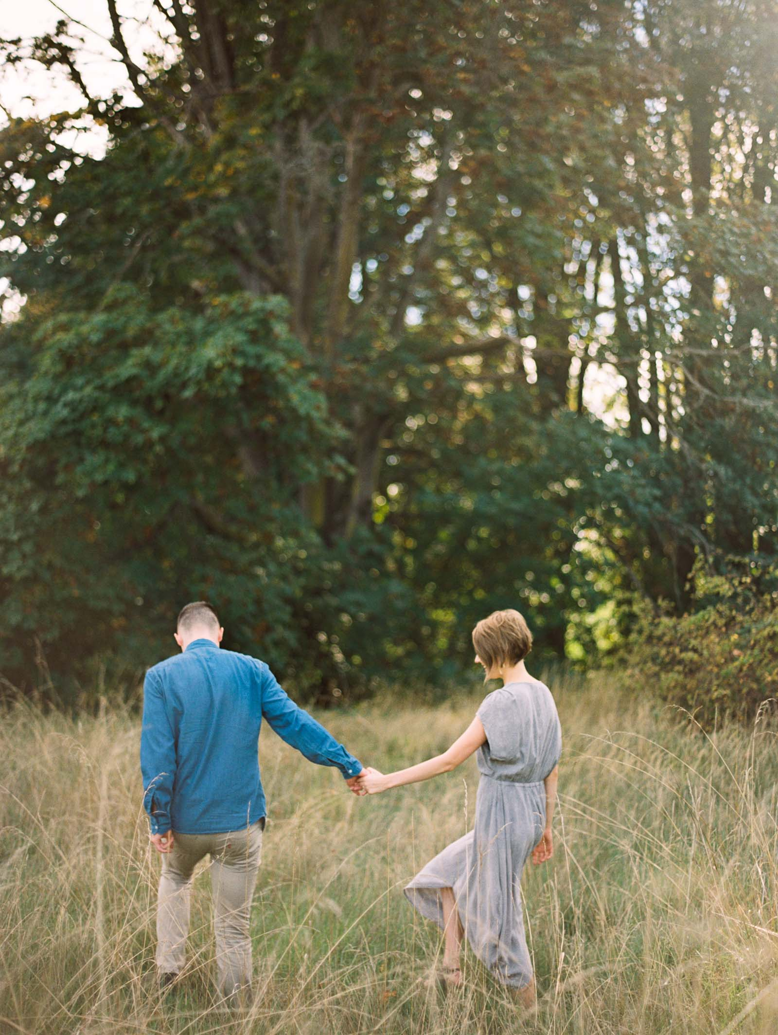 Stylish discovery park engagement session on film by top Seattle Wedding Photographer Anna Peters