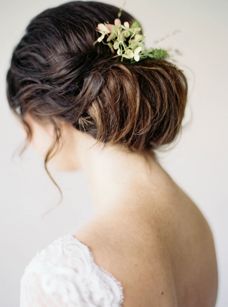 Elegant wedding inspiration captured by top Seattle Wedding Photographer Anna Peters