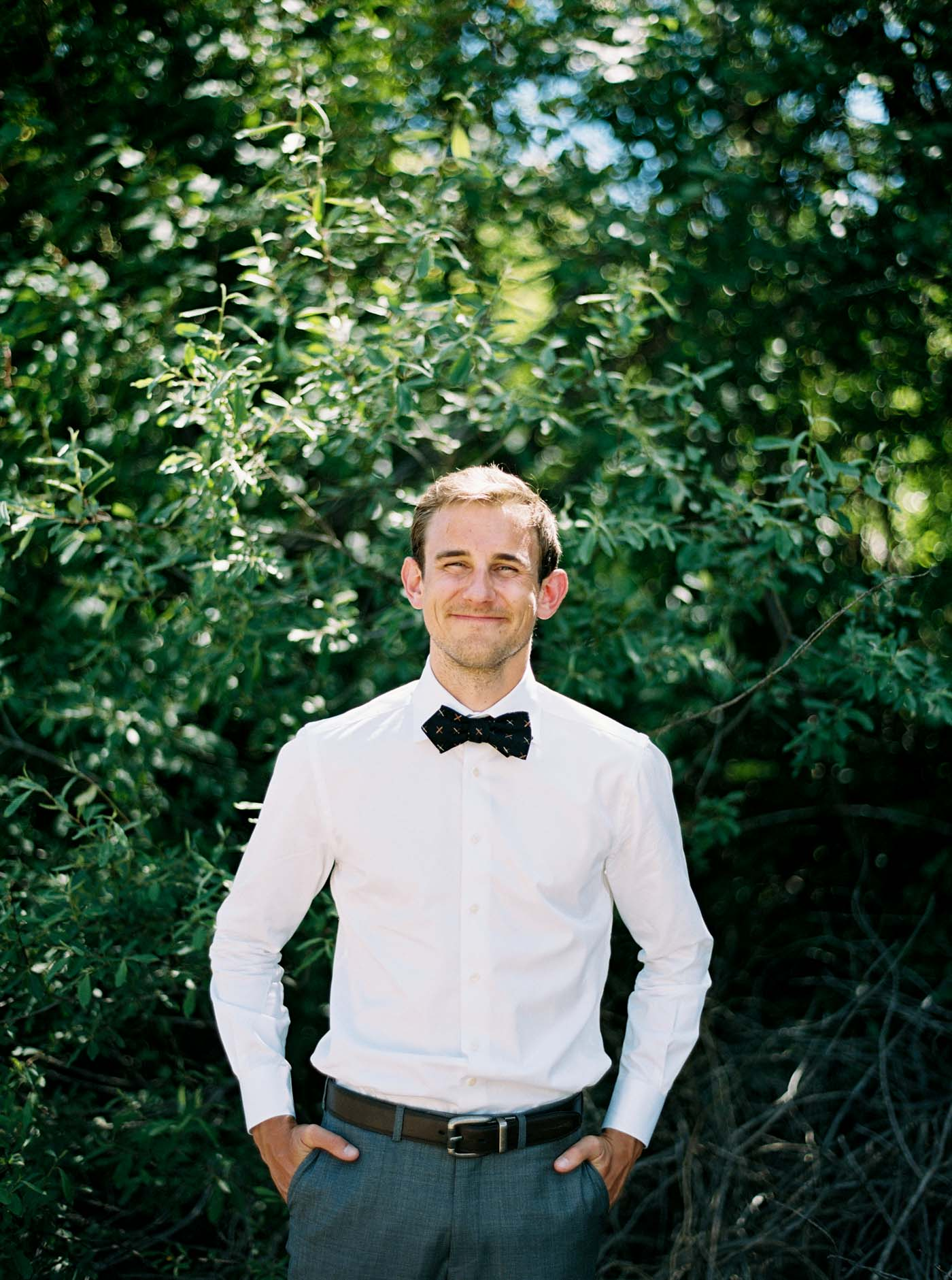Happy groom captured on film by Leavenworth wedding photographer Anna Peters