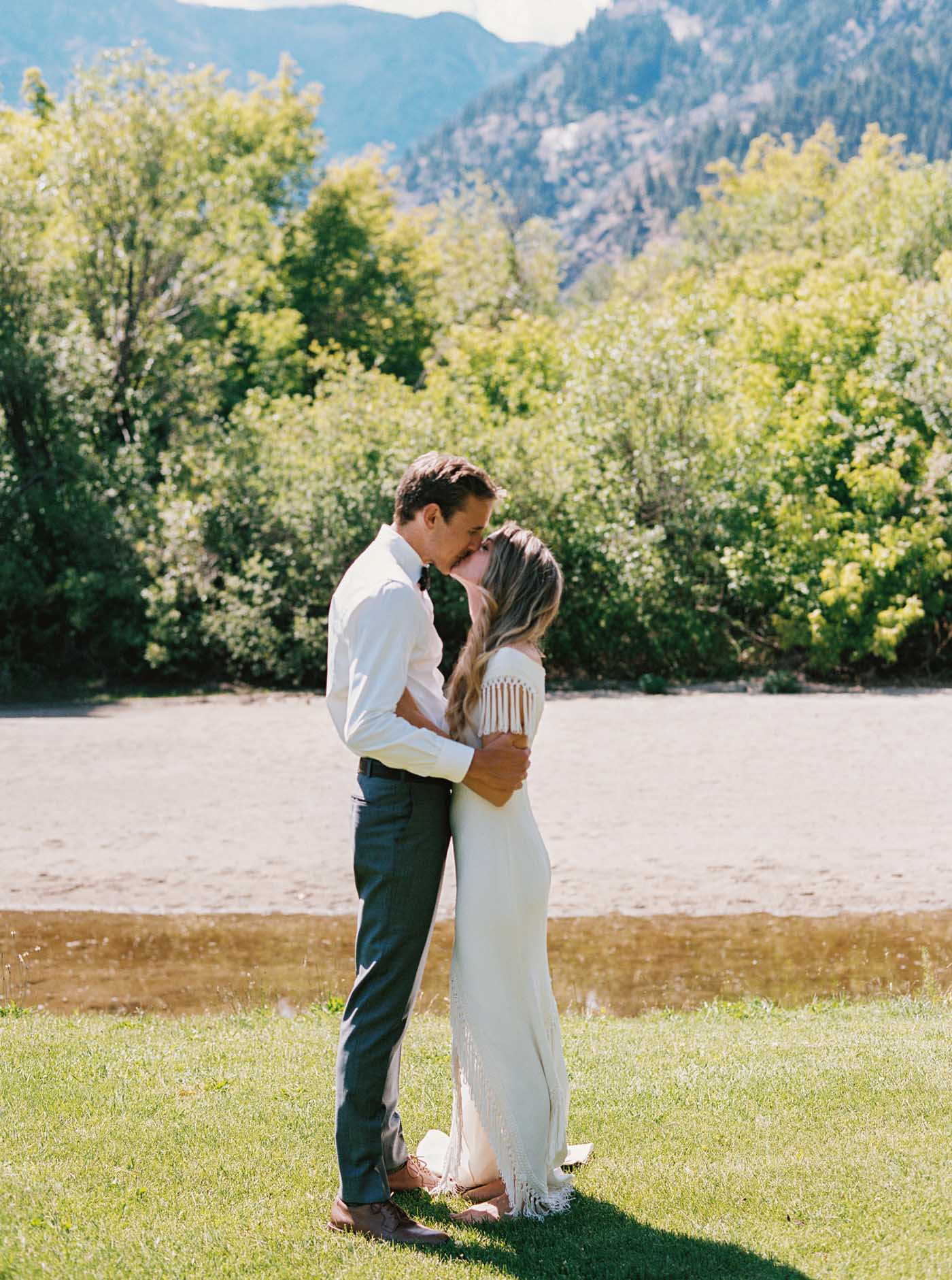 Bride and groom portraits at a relaxed outdoor wedding in Leavenworth