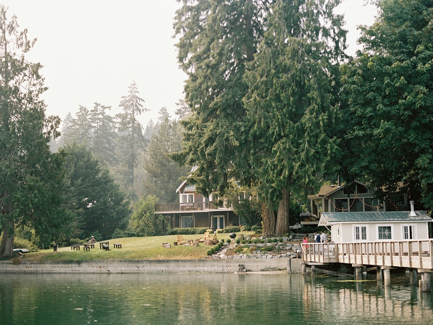 Natural setting for an intimate Bainbridge Island wedding